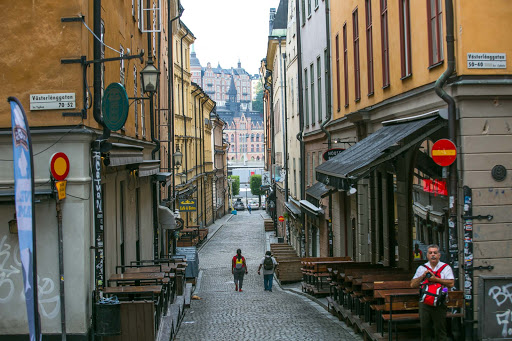 Street-in-Gamla-stan.jpg - As morning breaks, a cobblestone street in Gamla stan, the historic old town of Stockholm.
