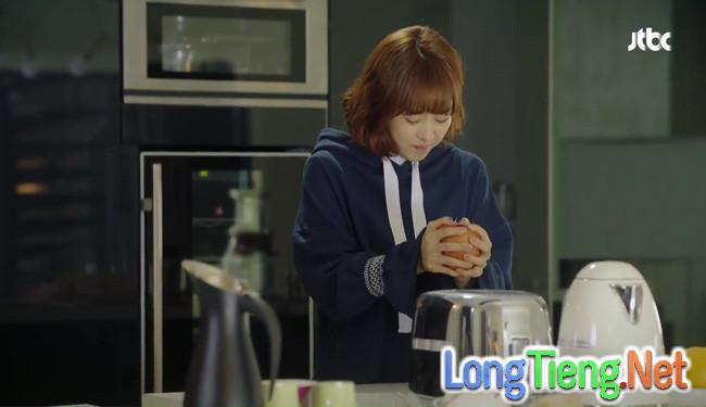 Park Hyung Sik tóe máu vì cứu Park Bo Young mà không biết vừa bị troll? - Ảnh 15.