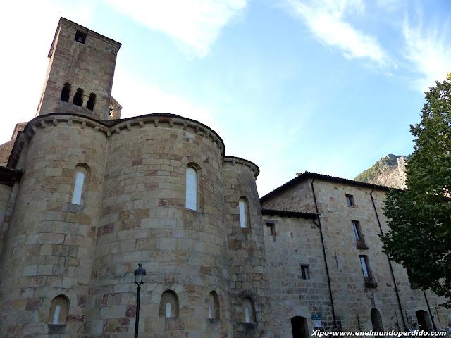 monasterio-de-leyre.JPG