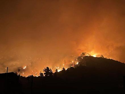 Βιβλική καταστροφή στην Εύβοια - Μαίνονται οι πυρκαγιές σε Μάνη, Ηλεία και Μεσσηνία - Ανεξέλεγκτη η πυρκαγιά στην Β.Α Αττική