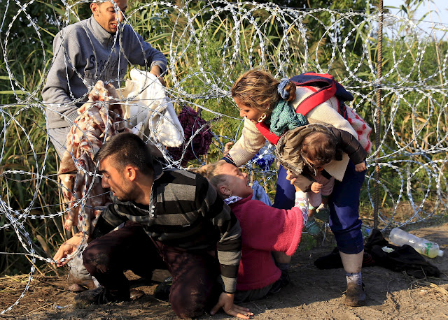 Hungary to build a wall and militarize border to fend off migrants