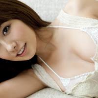 [BOMB.tv] 2010.02 Azusa Yamamoto 山本梓 ya005.jpg