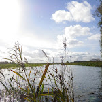 048-We paddelen door het mooie Noordwaard vaarwater.