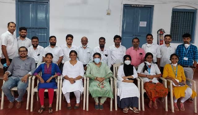 Advocates Family Vaccinated-ಮಂಗಳೂರಿನಲ್ಲಿ ವಕೀಲರ ಸಂಘದಿಂದ ಬೃಹತ್ ಲಸಿಕಾ ಅಭಿಯಾನ: 500ಕ್ಕೂ ಅಧಿಕ ಮಂದಿಗೆ ಉಚಿತ ಲಸಿಕೆ