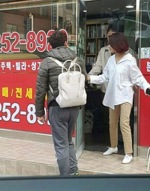 전현무 김지민 가방 사진