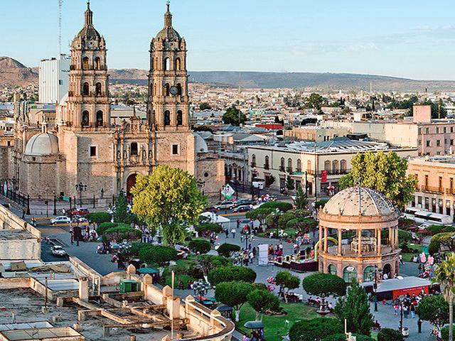 DurangoMexicoPlaza.jpg