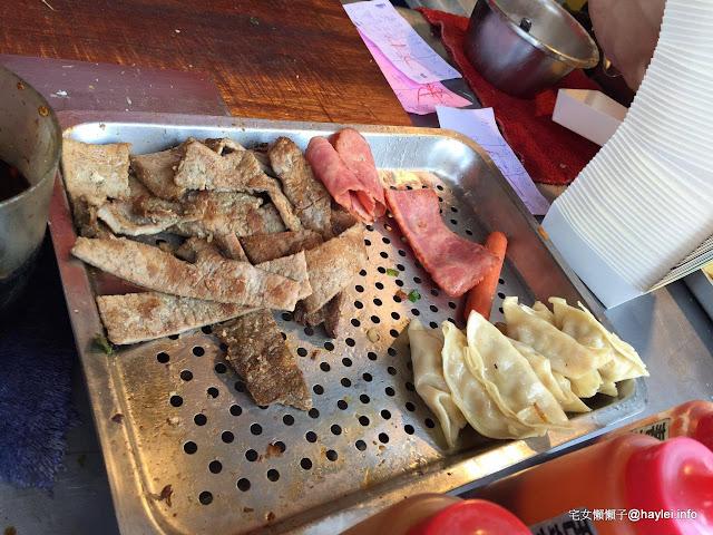 三喜蛋餅 來口Q香的手工蛋餅來開啟一天的活力吧! 一中早餐/學生最愛/大份量早餐/平價小吃/一中商圈 / 古早味早餐/ 蛋餅/滿滿蔥花/古早味/全年無休 飲食集錦