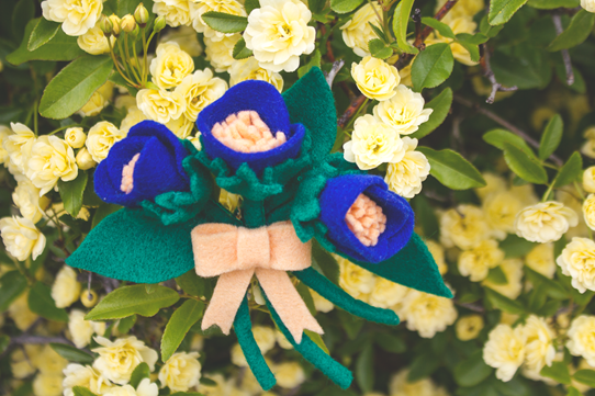Felt flower corasage ~ vintage DIY | Lavender & Twill