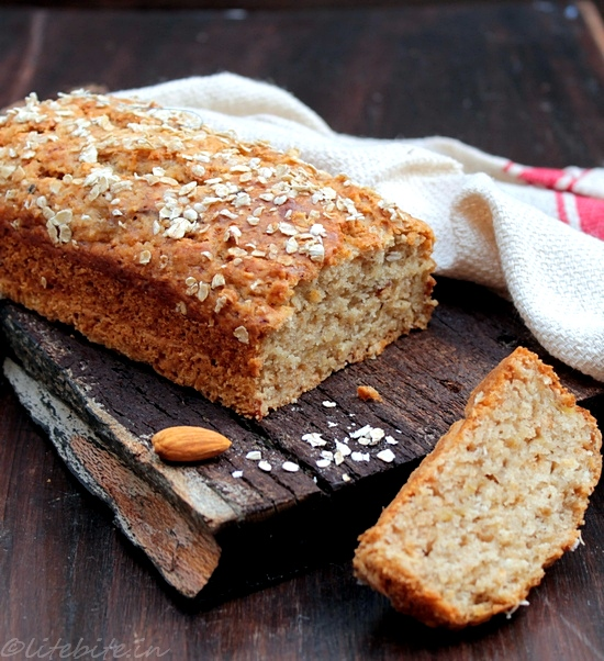 Baking | Eggless Oats & Banana Bread