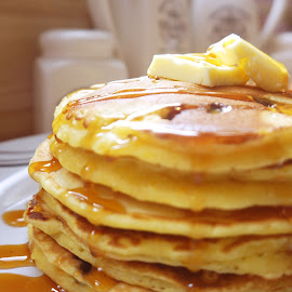 pancakes by Soufiane Hasnaoui - Food & Drink Candy & Dessert ( pancakes, pancake photography, cooking, food photography, pancake )