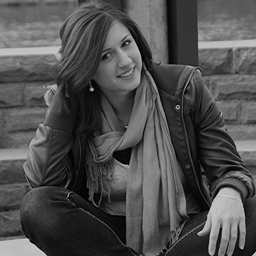 Julia Graf Photo 8