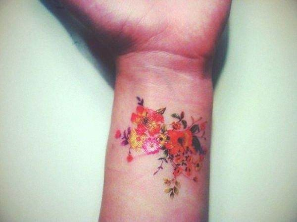 flores_de_pulso_tatuagem