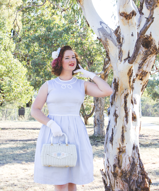 Classic and simple mother style ~ a 1950's look | Lavender & Twill
