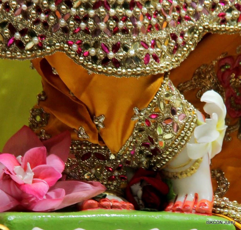 ISKCON Juhu Mangal Deity Darshan on 24th Aug 2016 (30)