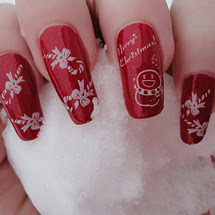 unhas decoradas com pincel fino para o Natal