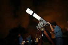 Un grupo de ciudadanos se reunió en La Hacienda La Esperanza para observar estrellas.