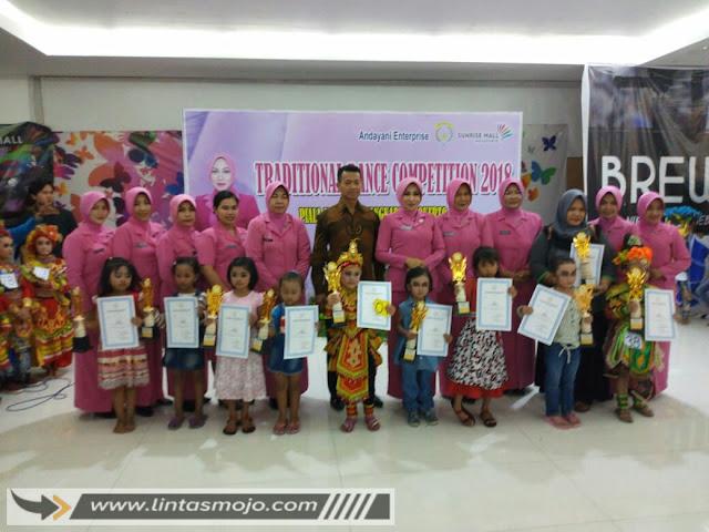 Para Pemenang Traditional Dance Competition 2018