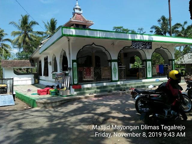 Kegiatan Bersih-bersih Masjid Al Fajar, Kalibening Wetan, Kalibening, Dukun  Kabupaten Magelang
