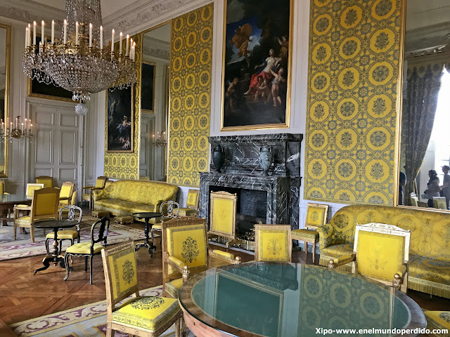 gran-trianon-palacio-versalles-paris.JPG