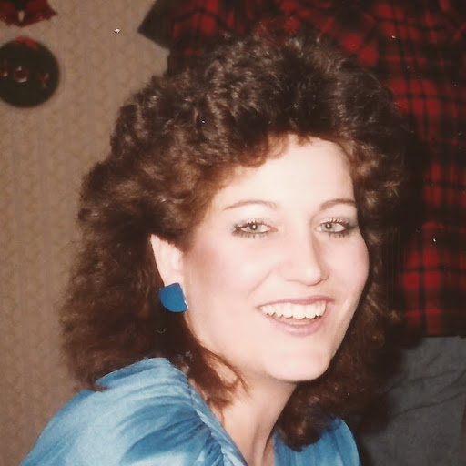 Monica Lange Photo 15