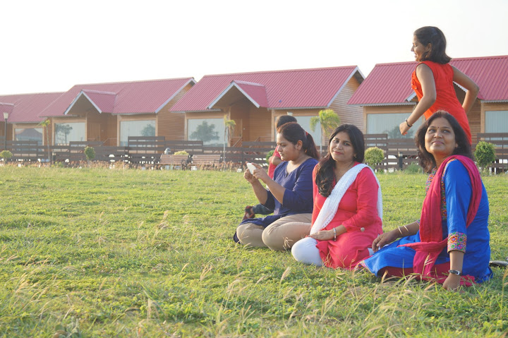 Omkareshwar and Hanmuntiya water resort - DSC06655.JPG