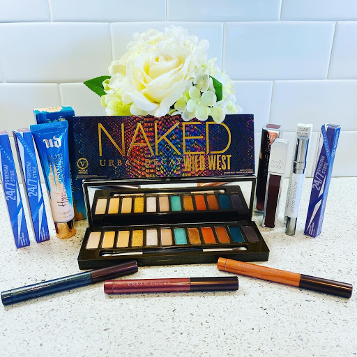 Dress is Up with Urban Decay Cosmetics! #URBANDECAY