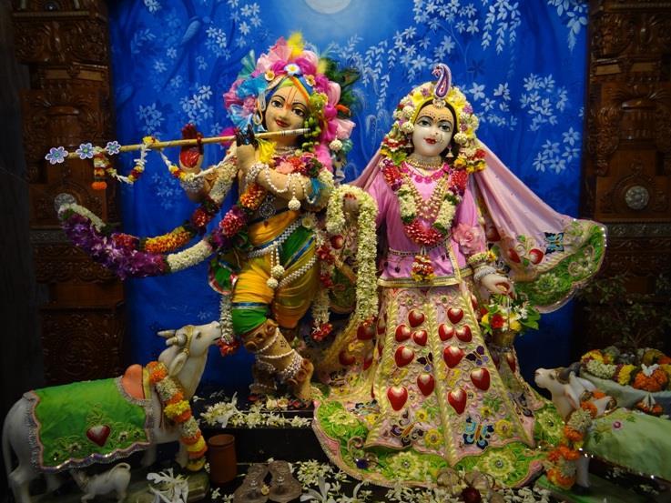 ISKCON Nigdi Deity Darshan 29 May 2016 (1)