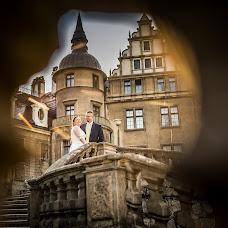 Wedding photographer Krzysztof Piątek (KrzysztofPiate). Photo of 14.12.2017