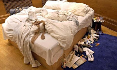 Tracey Emin's bed in Tate Modern Gallery