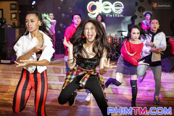 Clip: Màn khoe vũ đạo của Glee Việt nhận nhiều ý kiến trái chiều sau ngày ra mắt - Ảnh 4.