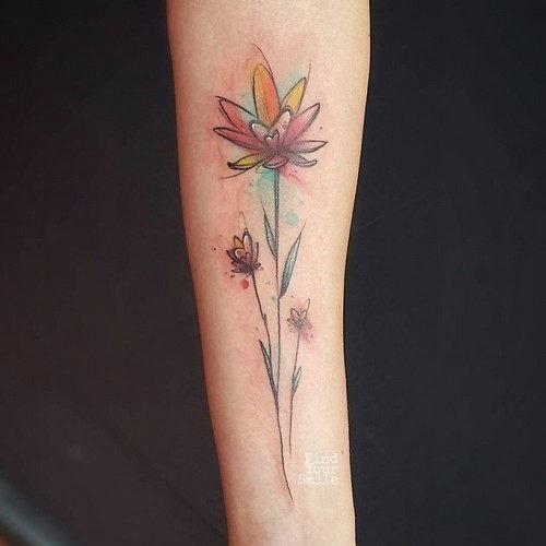 esta_flor_linda_aquarela_de_tatuagem