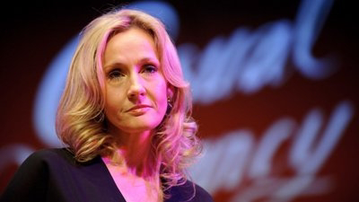 Celebridades escrevem carta em defesa de J.K. Rowling após autora de 'Harry Potter' se envolver em várias controvérsias nas redes sociais