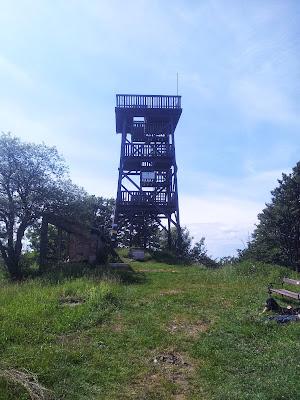 Die Meyringer-Warte auf dem Hocheck (1037m)