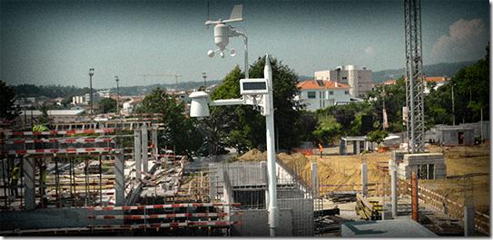 MeteoESL instalada durante a construção da ESL