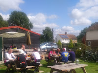 Lunch at Ivinghoe Aston on Colin's Chiltern lanes ride