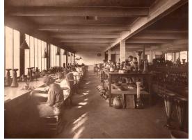 Atelier de décoration de la verrerie Schneider