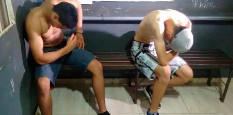 dois-jovens-algemados-realizam-assalto-dentro-de-delegacia