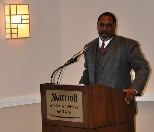 Oct. 2010: Effective Chapter Membership w/William Johnson - DSC_4057.JPG