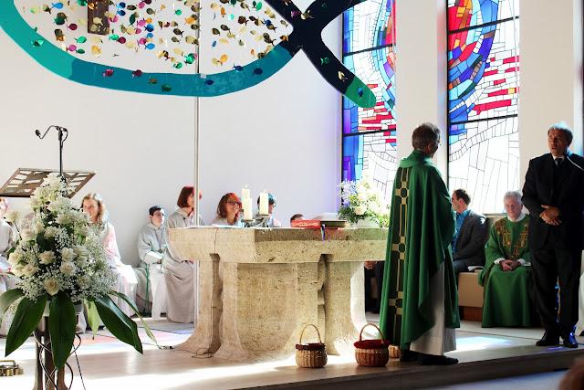 Einführungsgottedienst Pfarrer Müller 2012 - IMG_6309a.JPG