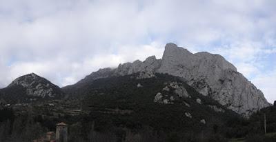 Pilar sur del Agero.Jaime, MDinf 6a(V+ obl), 450m