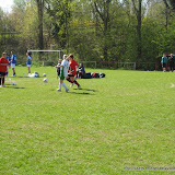 Albatros-17april2010 - vrouwenvoetbal_sint_jozef_londerzeel_TinaInDuel.jpg