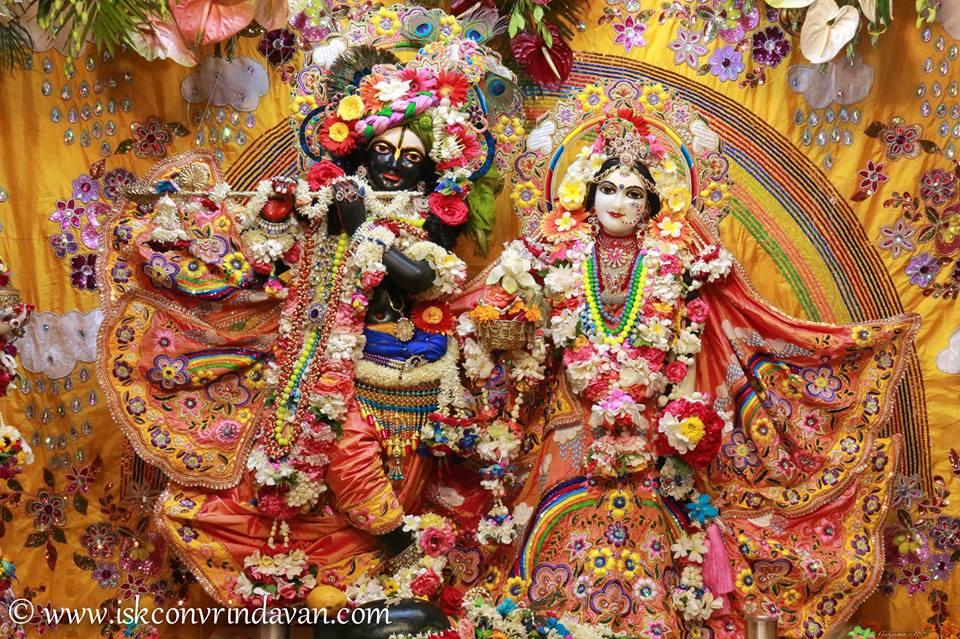 ISKCON Vrindavan Shringar Deity Darshan 11 May  2016 (1)