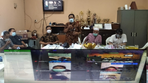 Dukcapil Tanjung Duren Selatan Gelar Sosialisasi Aplikasi Data Warga Melalui Zoom Meeting