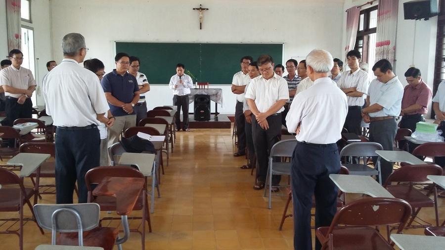 Thường huấn các linh mục trẻ giáo phận