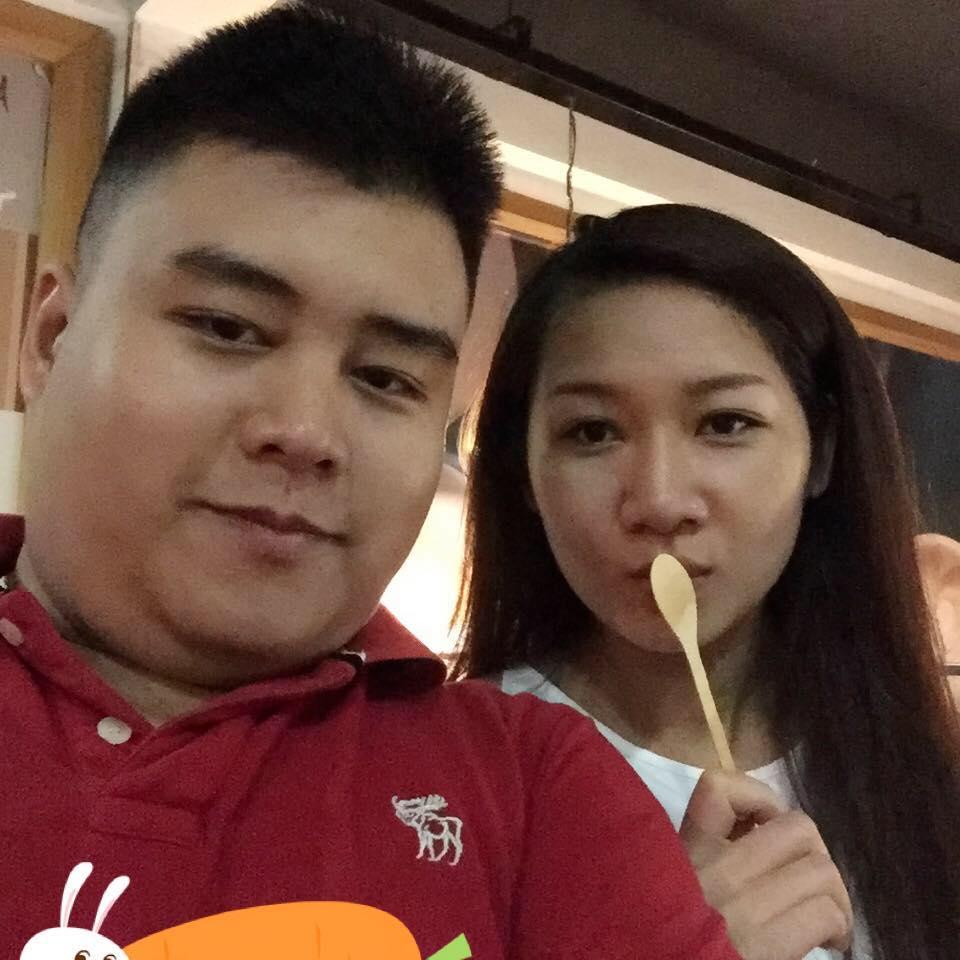 Lý Quí Chung leorius chụp ảnh tự sướng cùng người yêu