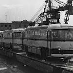 ЛАЗ_020_Готовые к отправке заказчикам автобусы, 1964.jpg