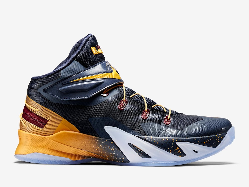 52351de1e2e Available Now 3x FLYEASE Nike Zoom LeBron Soldier 8 ...