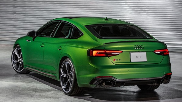 Audi-RS5_Sportback-rear