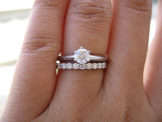 Attractive wedding rings Wearing wedding ring with engagement ring