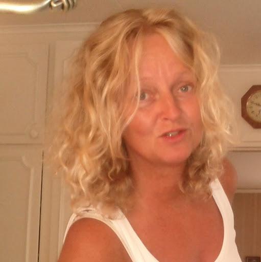 Tina Lindgren